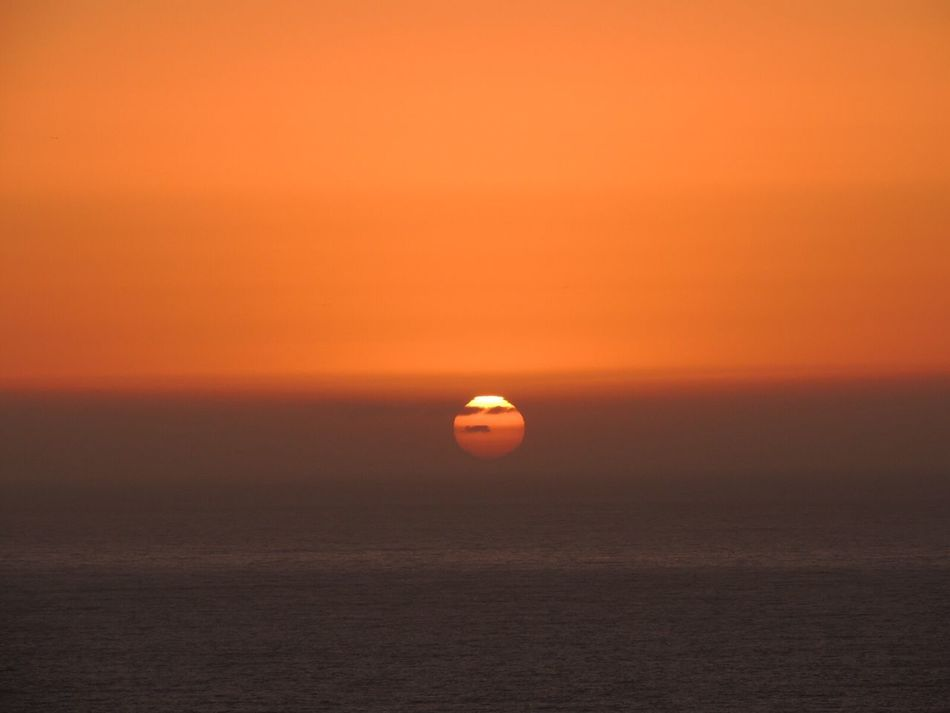 https://youtu.be/WDBpu7LcR7s Sunset Sun Through The Clouds Fantastic Sunset. Sunset_collection Sunset_captures Sunsetphotographs Sunset Today Another Beautiful Sunset 🌅 Sunset And Sea Sunset And Clouds  In Front Of Enjoying The Sunset Orange Sky The Purist (no Edit, No Filter) Reñaca Beach , Chile