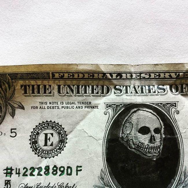 Bord af 42228890F 42228890F Dollar Art Artsy Arting Face Pendrawing Something Sketch Dollarart Skull Intaart Instagram Instalove Instadaily Instagood
