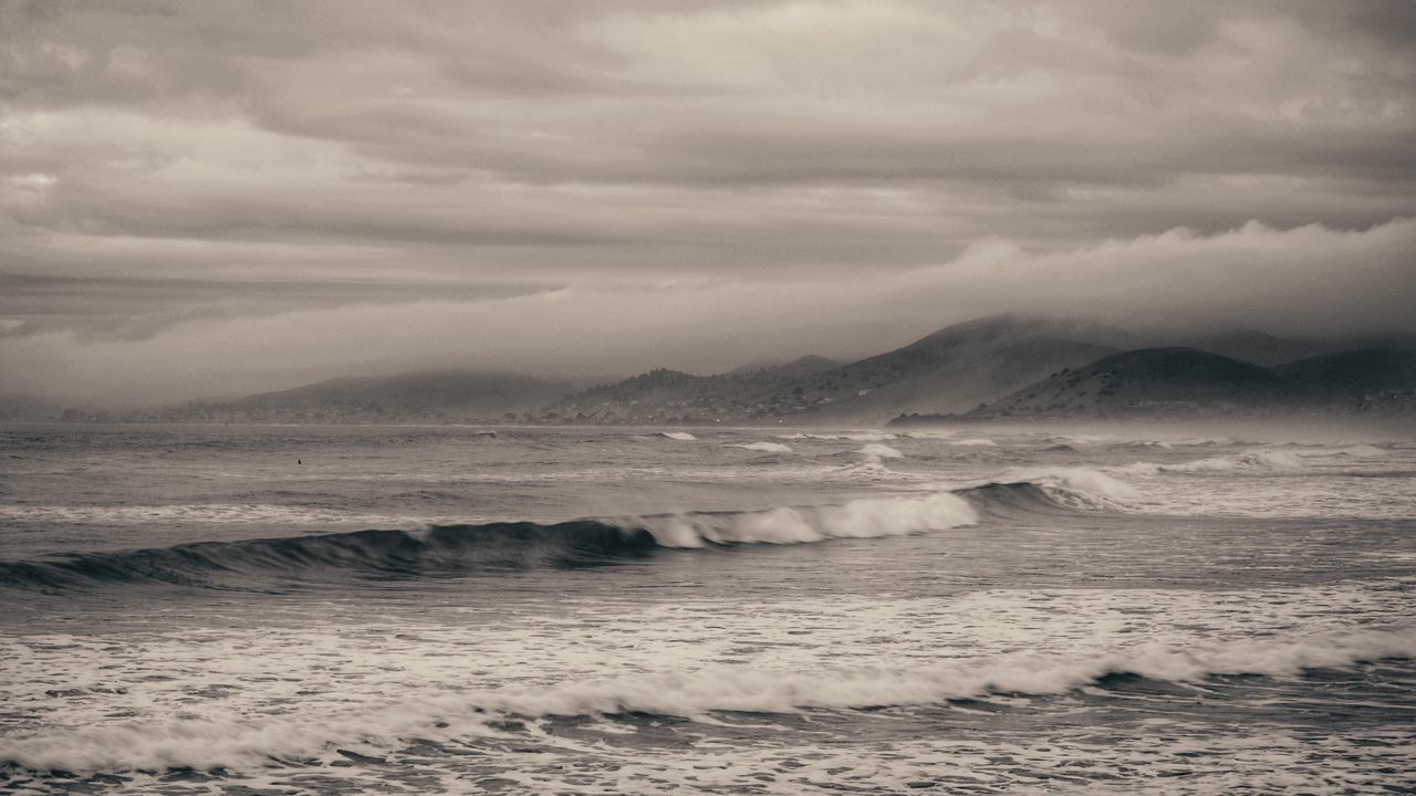 Jacket Free Stormy Sky Beauty In Nature Sea Nature Water Sky Wave Scenics No People Tranquility Outdoors Mountain Day EyeEm Best Shots California Coast Morro Bay EyeEm EyeEm Gallery California Beach Fog Eye4photography  Nature_collection Tranquil Scene Seascape Sea And Sky
