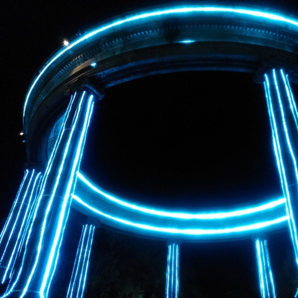 ¿Tron? / Tron? Xela Guatemala Monumento Arquitectura Noche Viajes  2014 Monuments Architecture Travel Night Instaguate Instaguatemaya TheRealGuatemala PerhapsYouNeedALittleGuatemala VSCO Vscourban