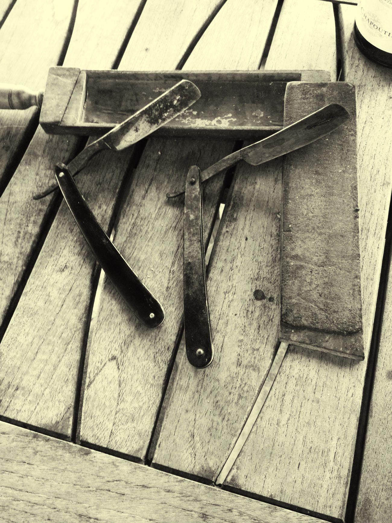 B&w Work Tool Metal Wood - Material Tool Barber Oldtime Beard Igers