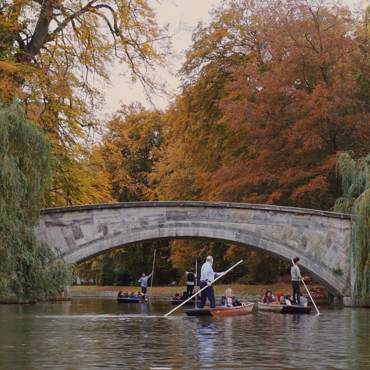 Cambridge Riverside Boating Beauty In Nature Autumn Colors Trees Boats And Water Town Cambridge University Bridge - Man Made Structure Bridge Vintage Style Lifestyle Lifeisbeautiful Landscape_Collection
