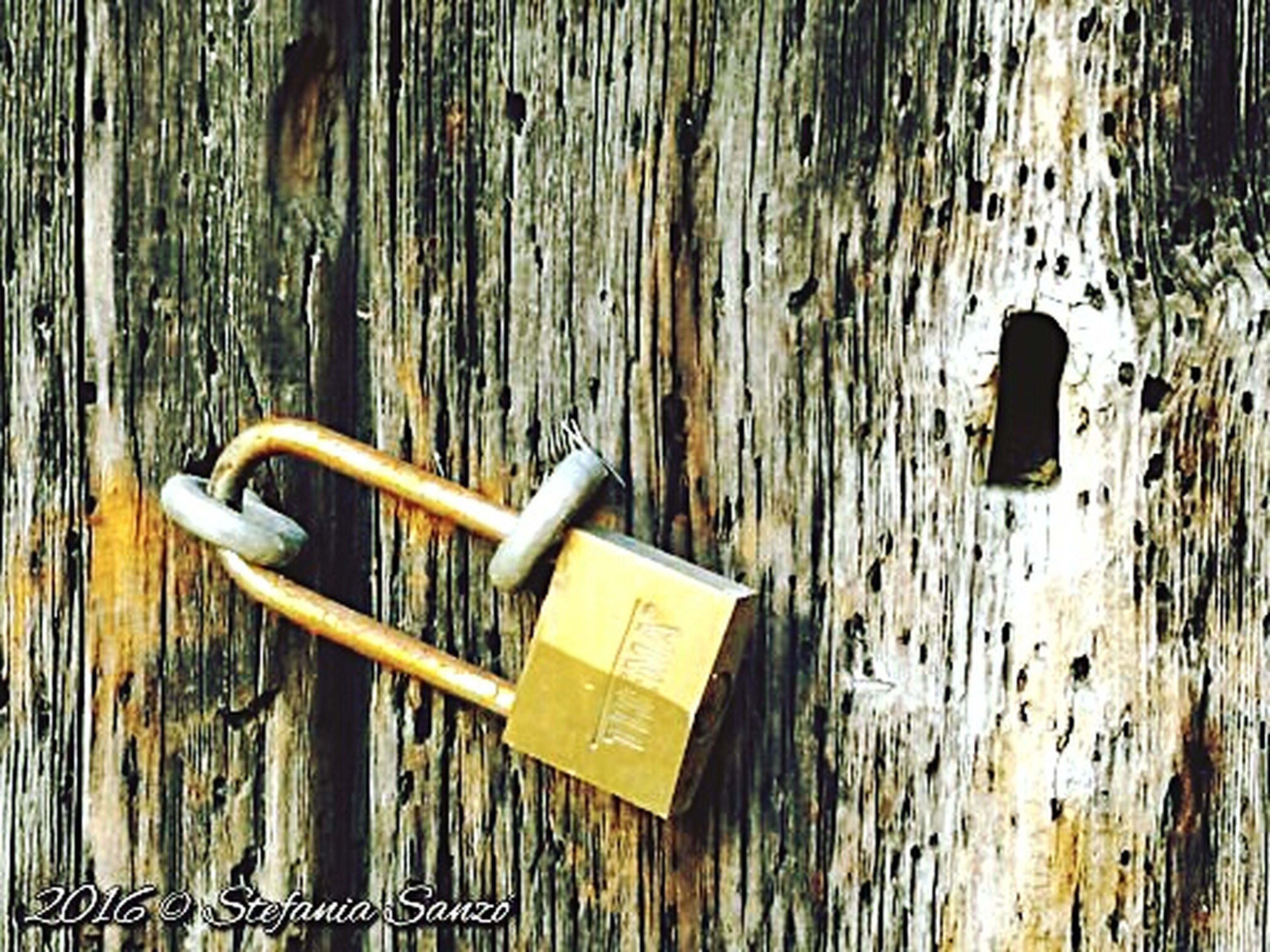 padlock, no people, close-up, lock, day, attached, outdoors, architecture, water