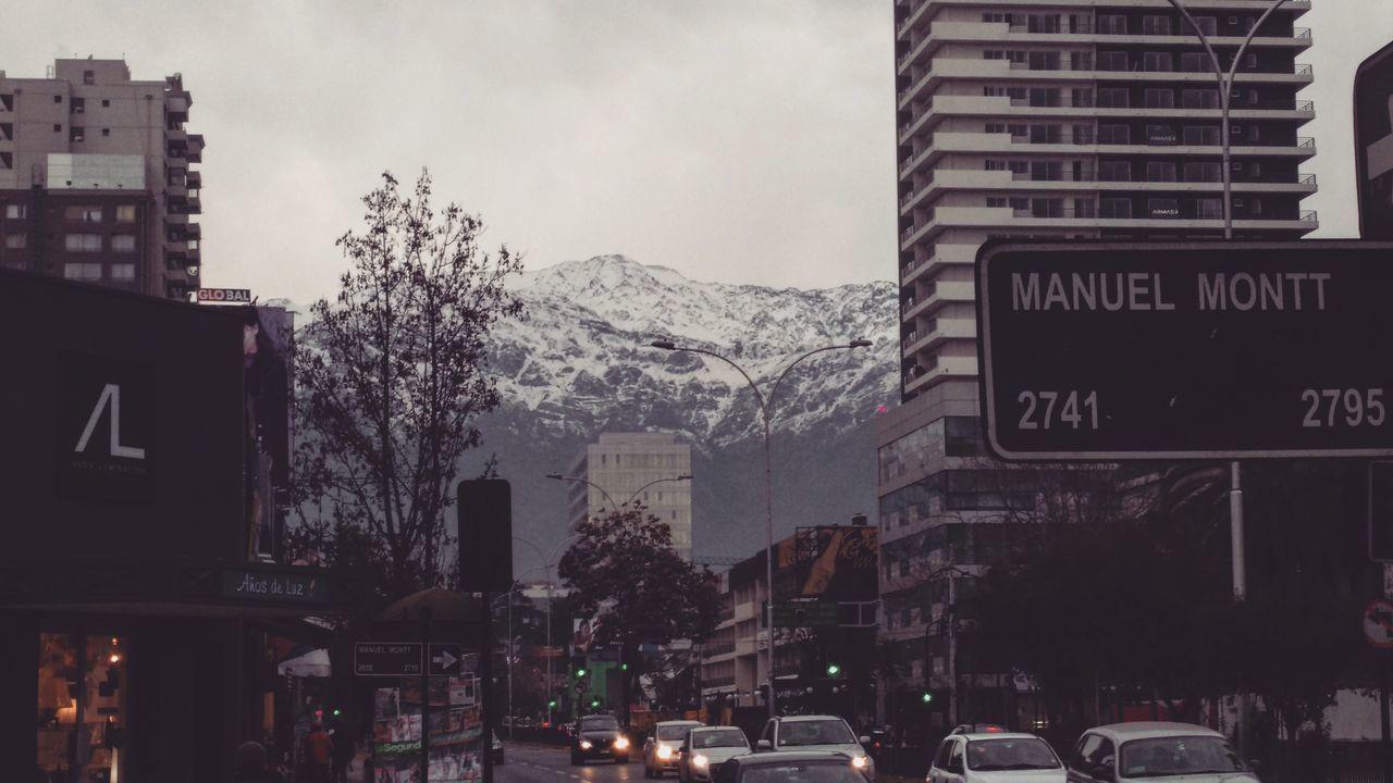 La vista de Santiago Santigodechile Losandes Nieve Ciudad Natutaleza Snow Nature First Eyeem Photo