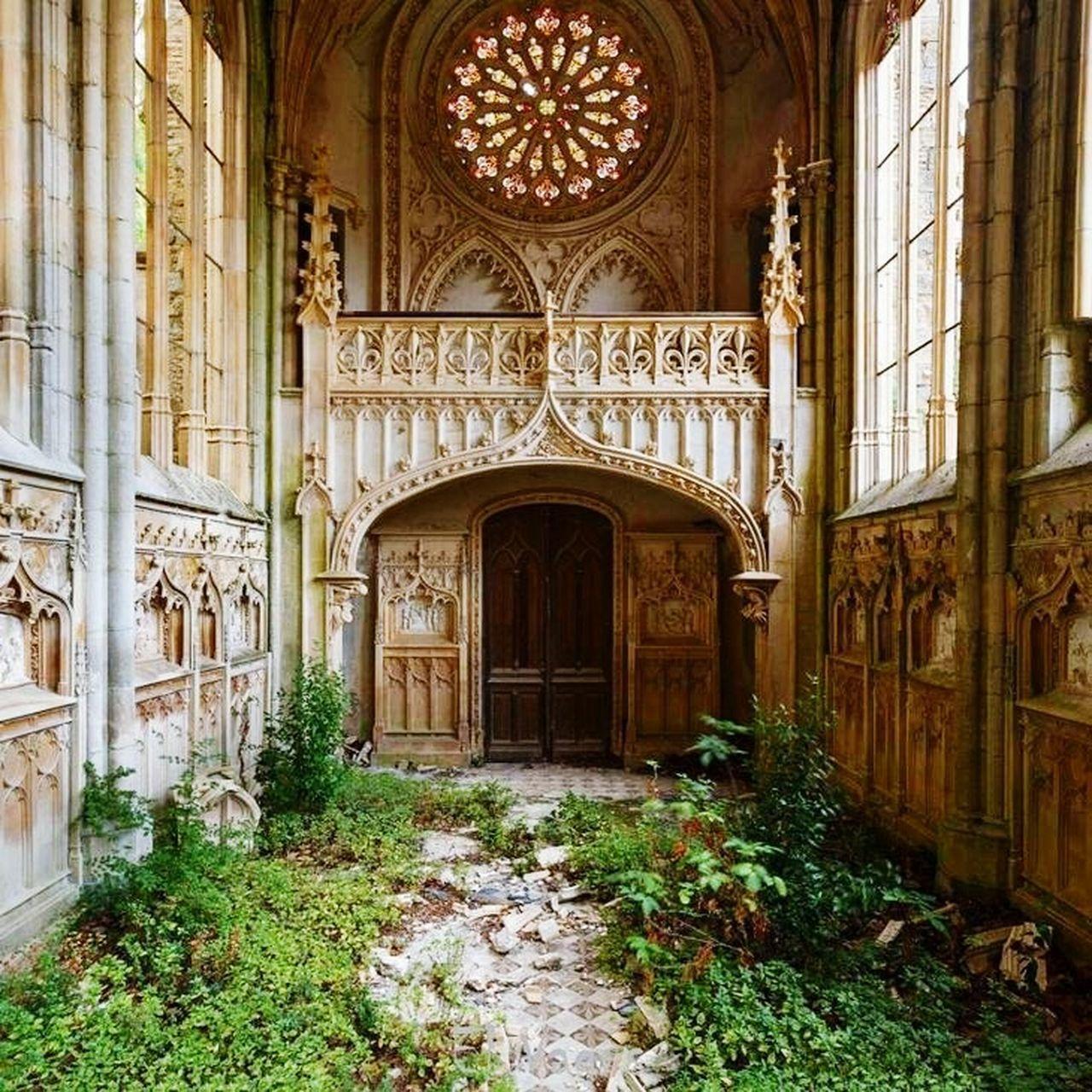 architecture, door, arch, history, built structure, window, doorway, day, no people, indoors
