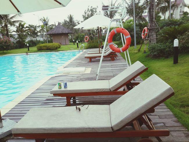 hnay đáng yêu vãiiii :((( Today Relaxing Lovely Day Swimming Pool