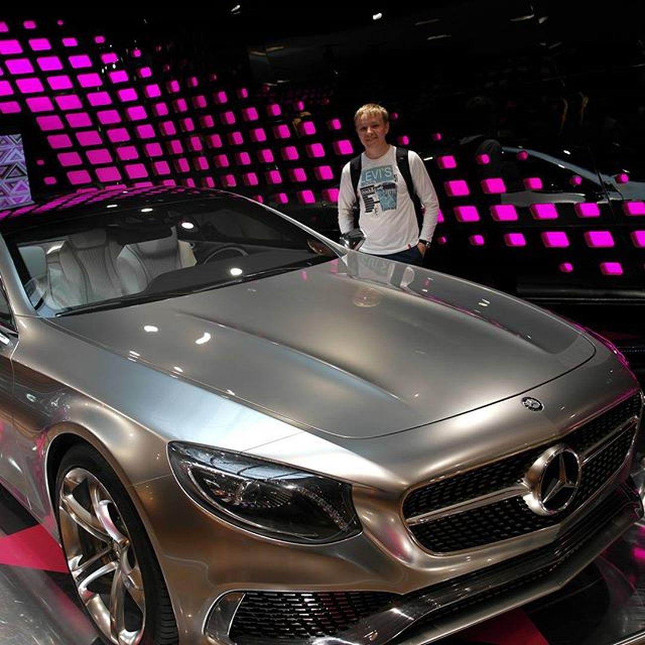 Мой будующий автомобиль) Paris Mercedes Champs Elyzee.. Travel Paris Champselysées Mercedes Awesome
