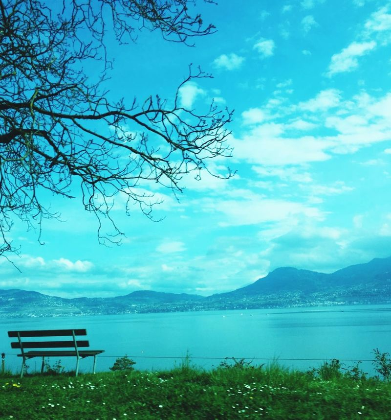 Rêverie Blue Water Nature Beauty In Nature No People Tranquility Horizon !!! Dans Le Regard Reflection Lake Tranquil Scene Beauty In Nature Passion Horizon Over Water