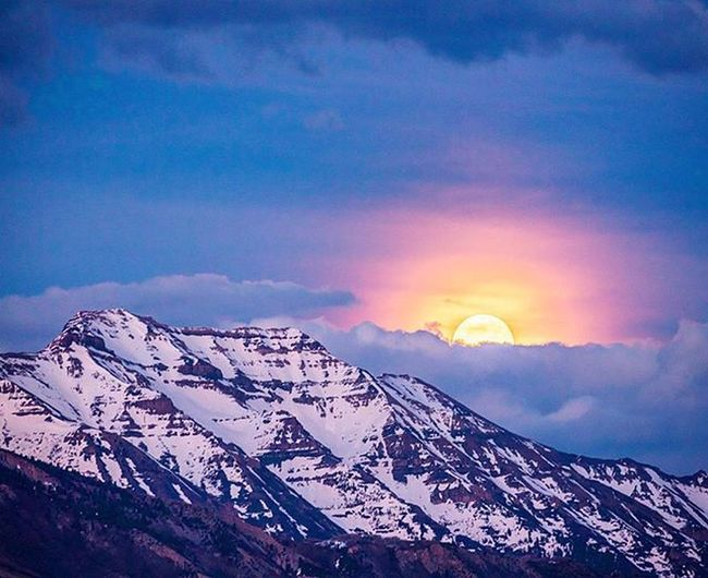 Mountaincrushmonday Caught an awesome full moon rising over Timpanogos with @andy_best before he ran up to ski Alta. Was worried the clouds would mess it up but didn't disappoint. Timpstagram Timpanogos Mountains Themountainsarecalling Visitutahvalley Visitutah Lifeelevated Wearestillwild