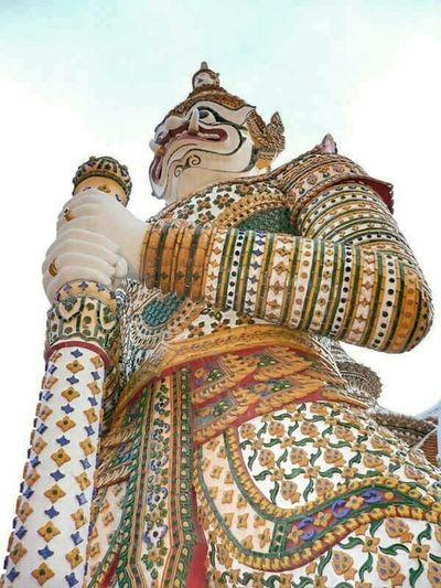 Hellobangkok Giant Guardian Keeper