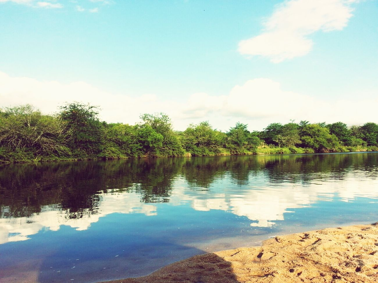 Cosquin :) Nature Naturaleza Sierras Rio Reflejos Reflejos En El Agua Natural Paisaje Cosquin Cordobaargentina
