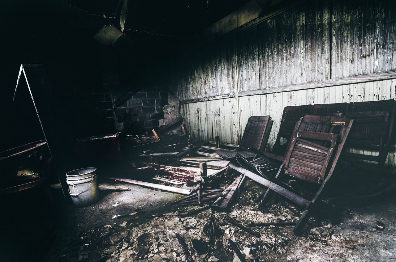 Abandoned Chair Damaged Indoors  Dirty No People Day Abandoned Places Urbanexploration Urbexphotography Urbex Rurex