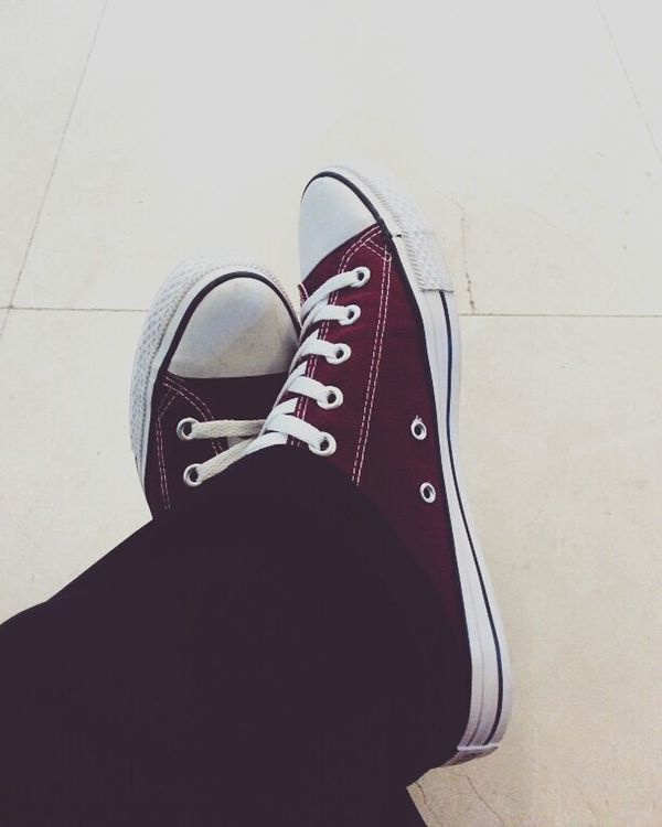 Relaxing Taking Photos Enjoying Life Hanging Out Hello World Hi! Converse Sneaker Shoes Vscocam