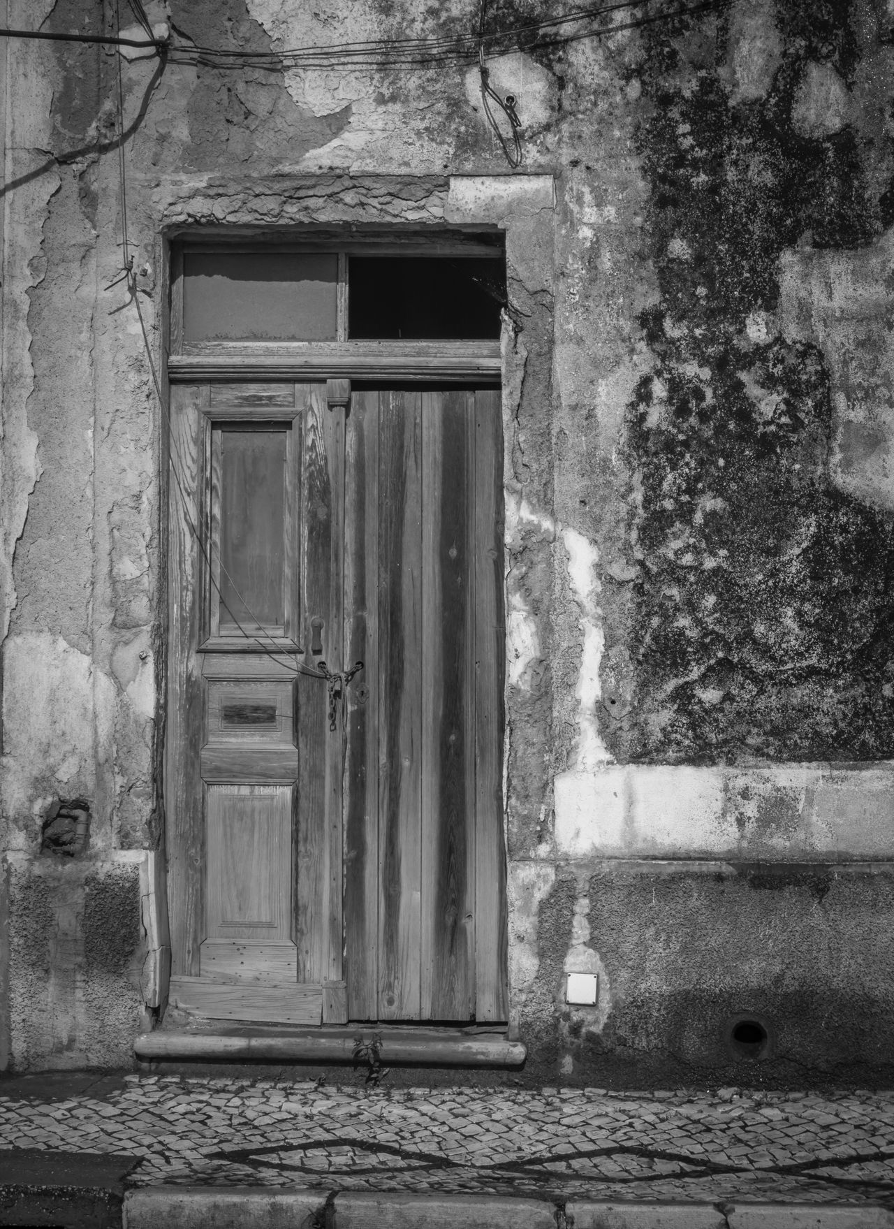 Photography Outdoors Portugal Building Black And White Abandoned Aljezur Old Frame Door Wood