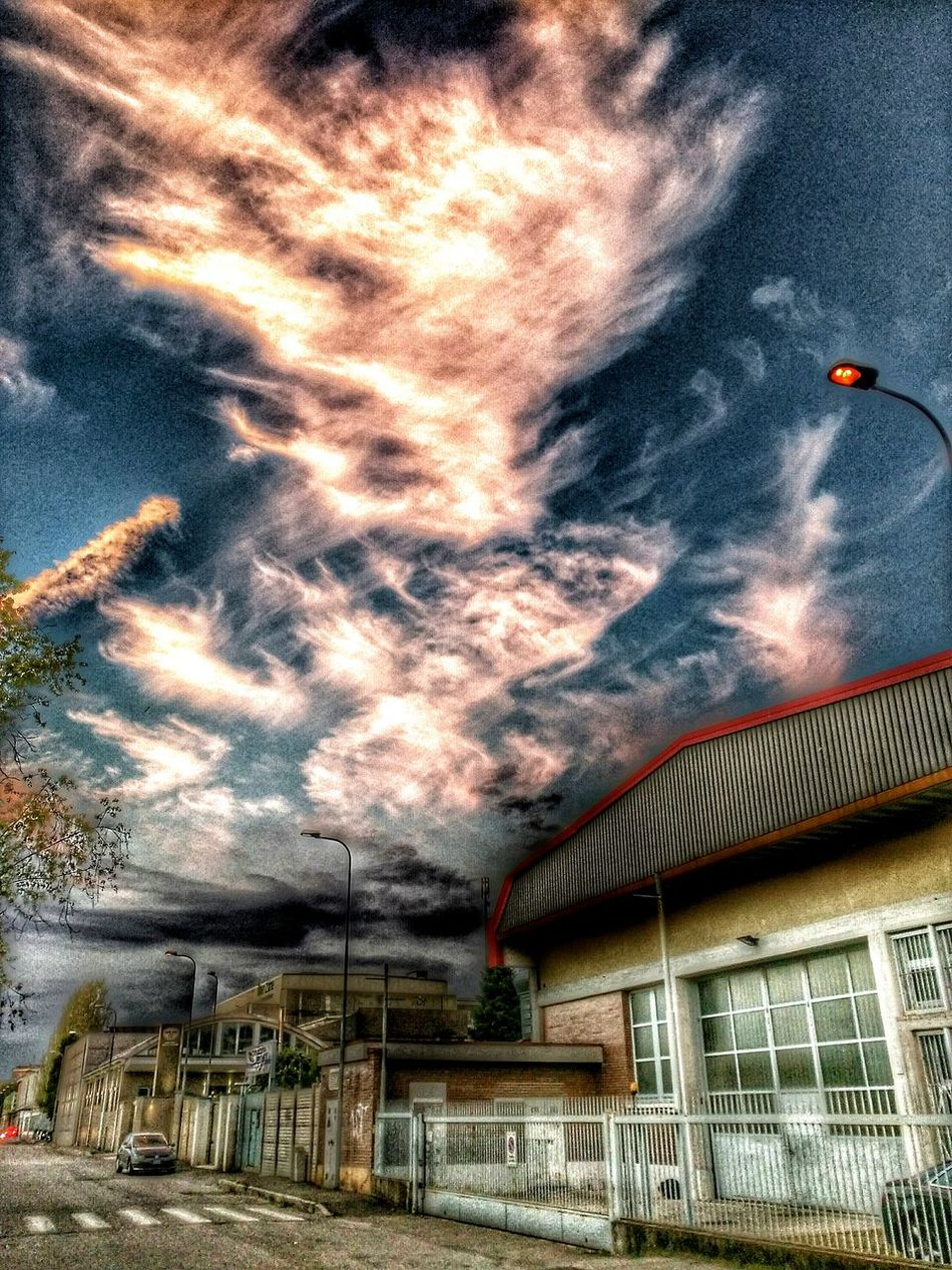 Hdr_Collection Suburban Sky