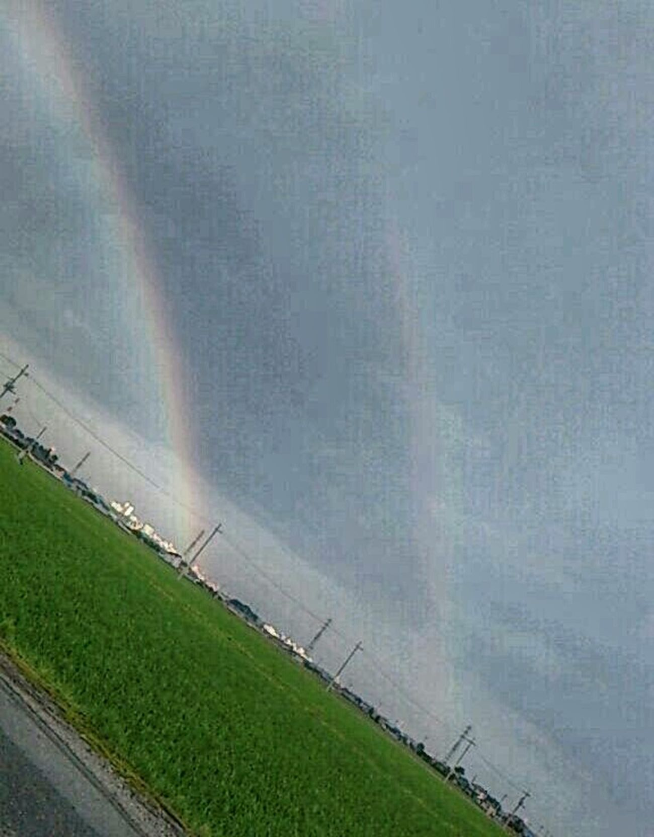 うっすらだが 虹が 二重です~( ̄。 ̄)