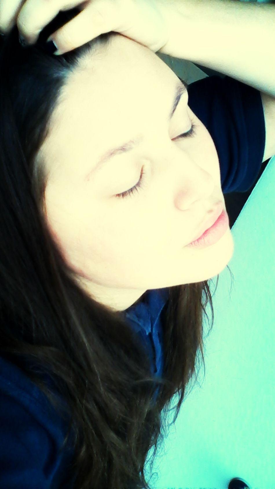 Засинай під чарівну музику снігу...