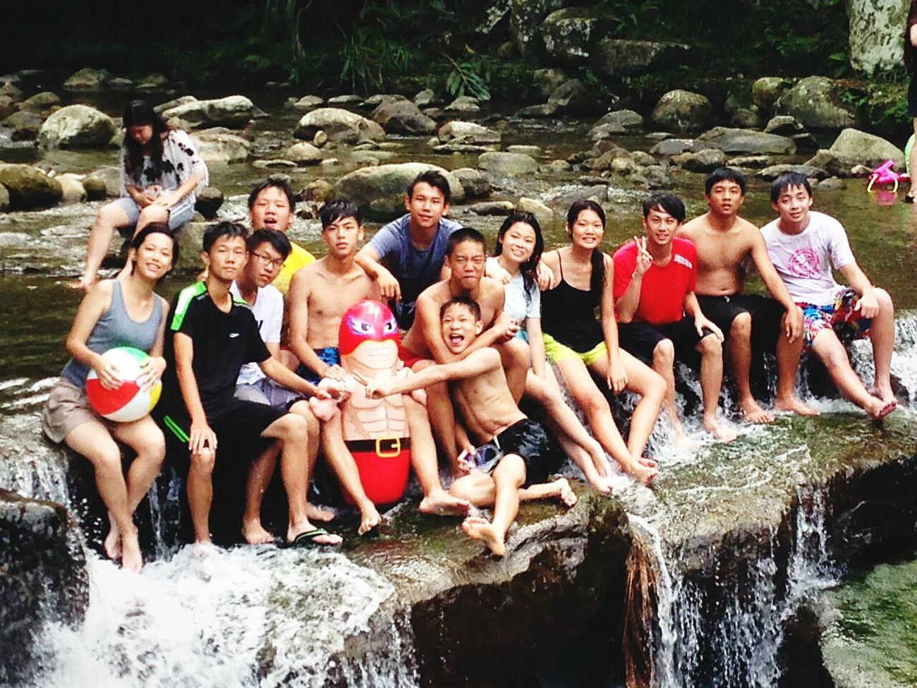 Grilling & swimming with Volleyball Team Drinking Beer Tipsy Barbecue Riverside Taiwan Xindian Awesome Waterfall