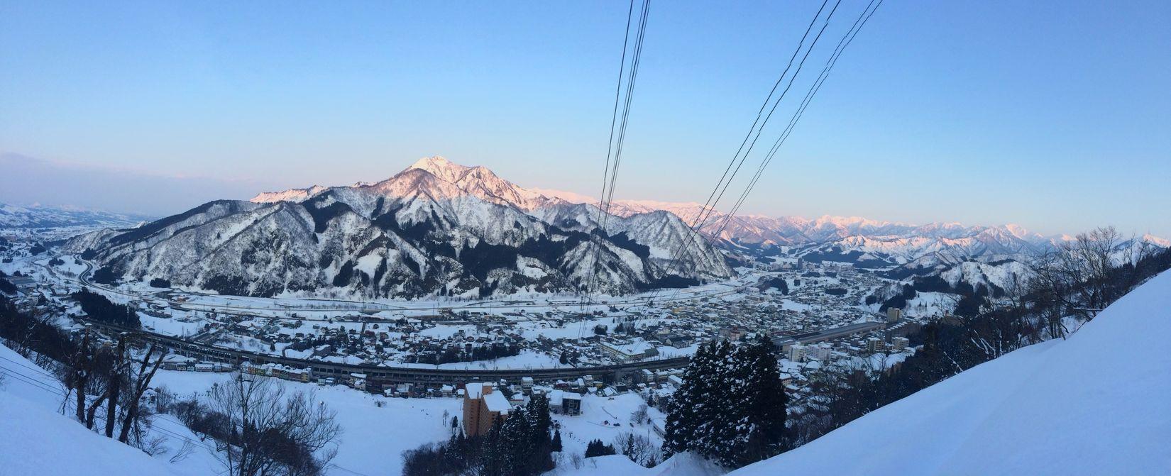 the way to go home after job. Snowboarding YUZAWA Hello World Home Salomon