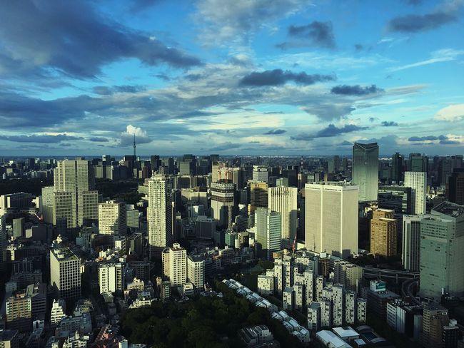 It's amazing how every place has its beauty, its uniqueness - Tokyo, Japan Urban City Skyline Tokyo 東京 日本 일본 도쿄 Japan Amazing