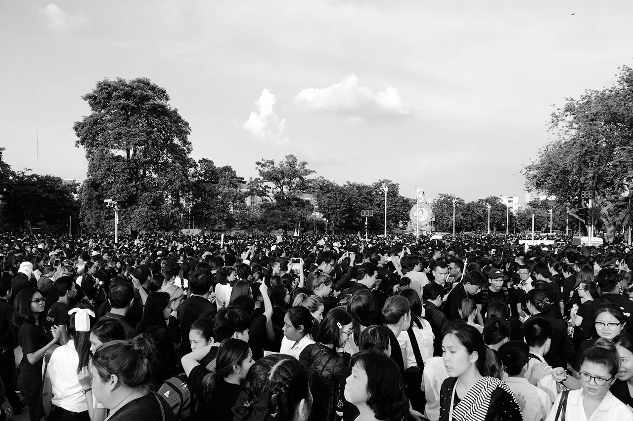 Deepest sadness of Thais people Large Group Of People Crowd Tree Real People Sky Men Ceremony Outdoors Women Day Adults Only Only Men Adult People