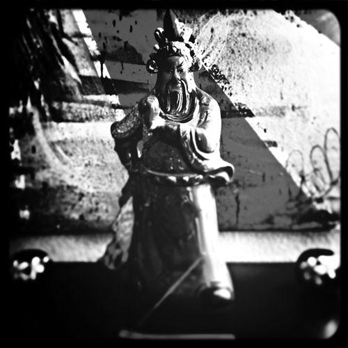 Guan Yu Guan Gong Statue Warrior