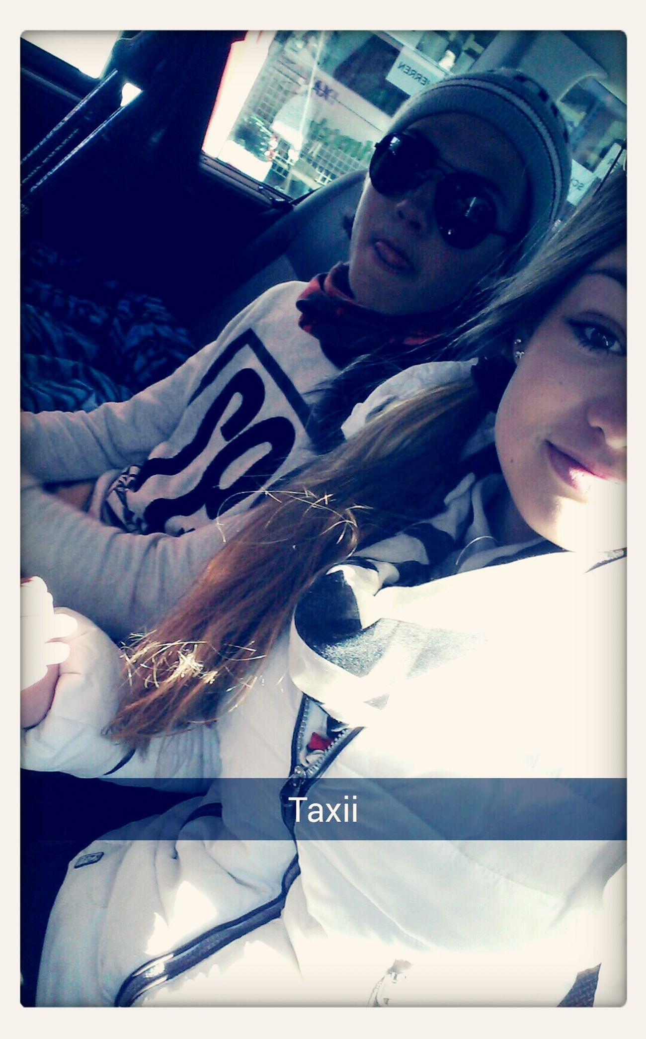 Taxi ~ & Leonard ~ Rii Maiërhof