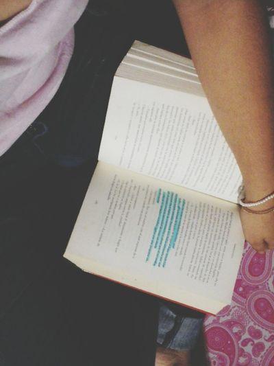 Go On Live Reading Is Dream Sad Girl Tus Ojos Fríos