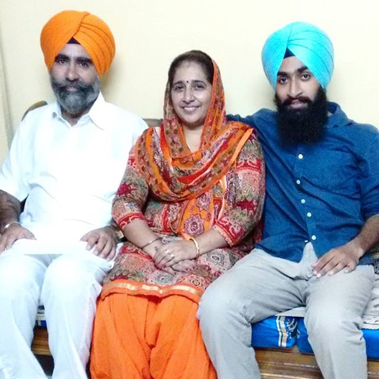 Parents Dushera Turban Mom Maa Ammi Pitaji Dad