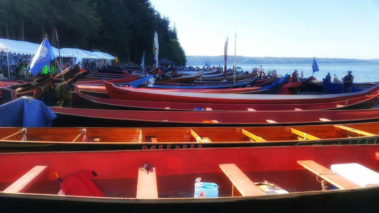 Paddle To Nisqually Canoe Canoecrafting Canoe On Beach