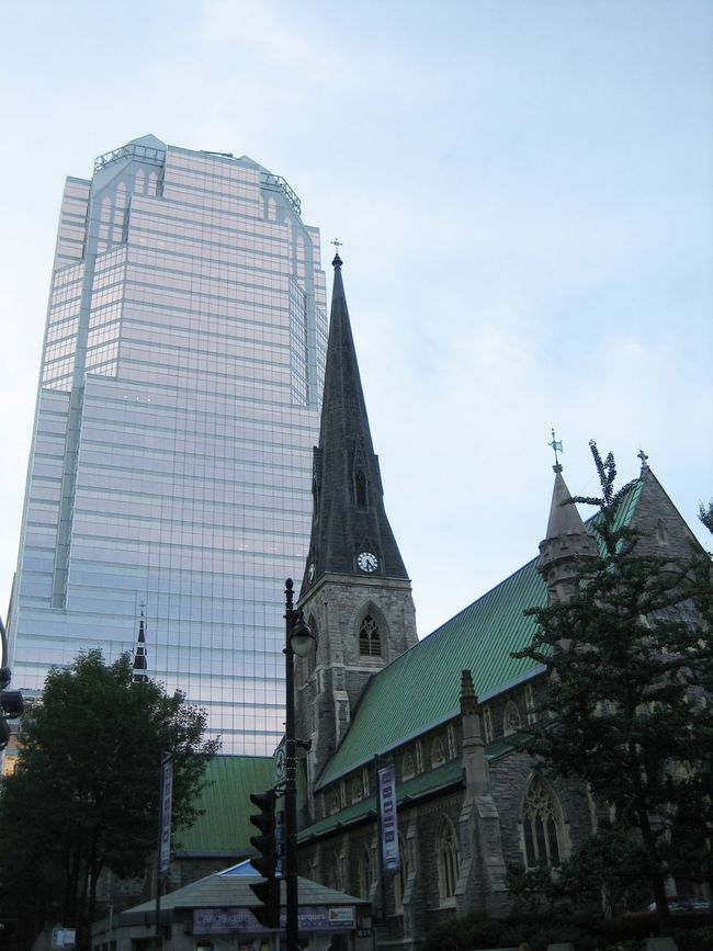 Incredible combination of different churches and modern skyscraper is really amazing in Montreal. Architectural Style Church Tower Architecture Church Montréal Montreal, Canada Spirituality Religion Travel Destinations Glass Building Traveling Travel Photography Church Towers Church Today  TakeoverContrast