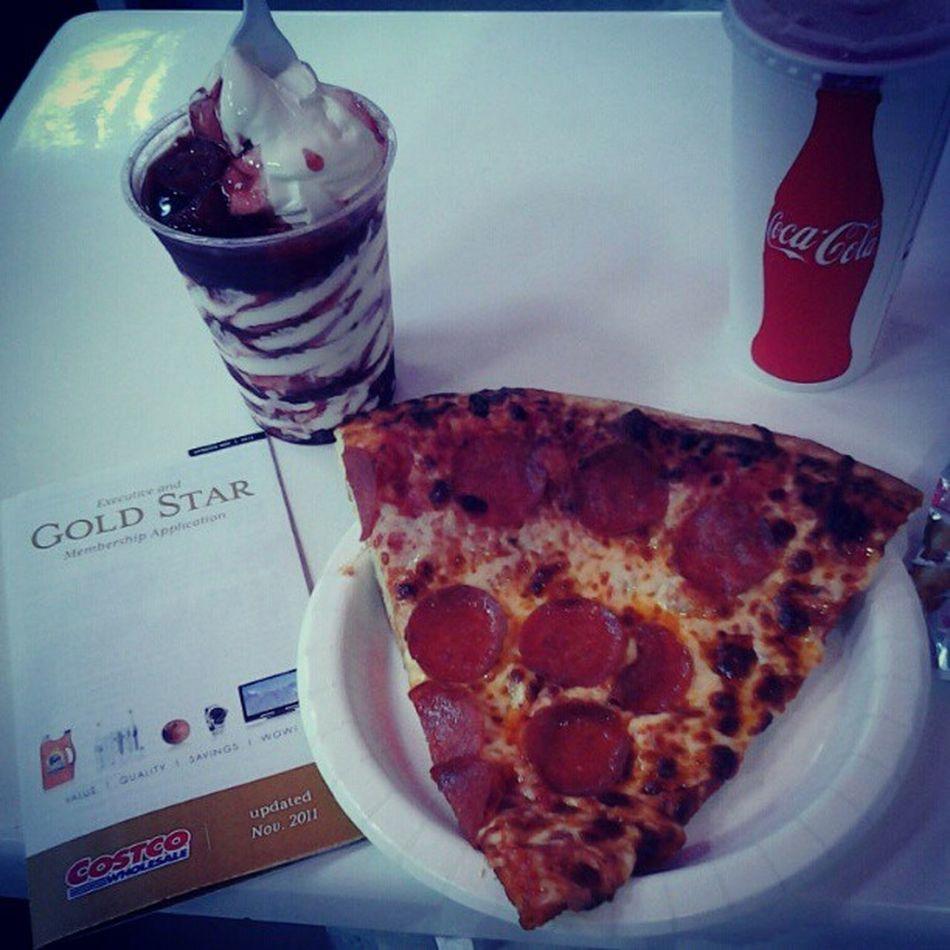 $3 lunch!!! Costco Fridays Tgif Superwinnin =D