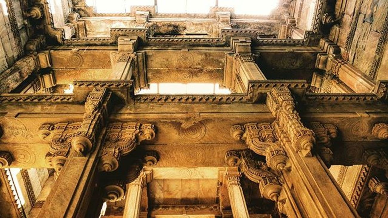Adalaj stepwell, ahmedabad Ig_week Igw_photo Ig_shutterbugs Instanaturefriends_ Igglobalclub Ig_cameras_united Lazyshutters Animazing_captures Natureonly Untamedimages Utahstateparks Theworld_thru_youreyes Epic_captures Worldunion Worldingram Longexposhots Master_shots Iloveamdavad Hdr_captures