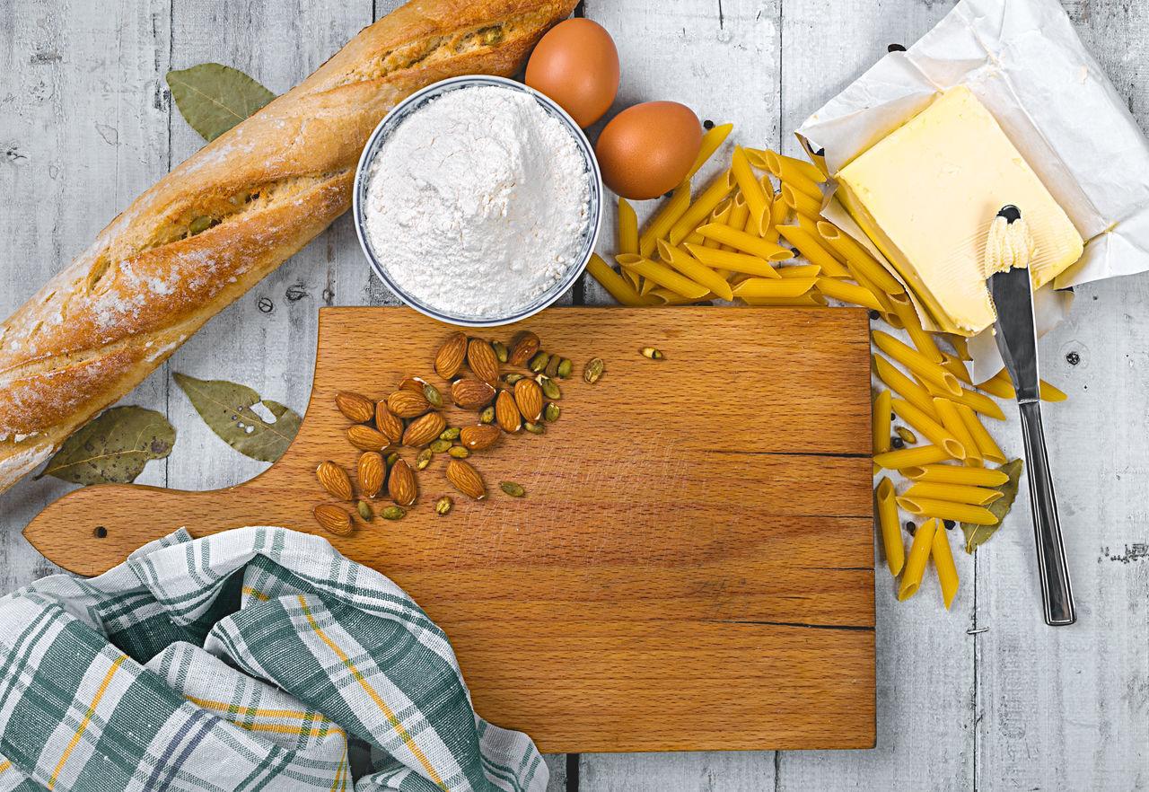 Beautiful stock photos of schokolade, Bowl, Bread, Butter, Chopping Board
