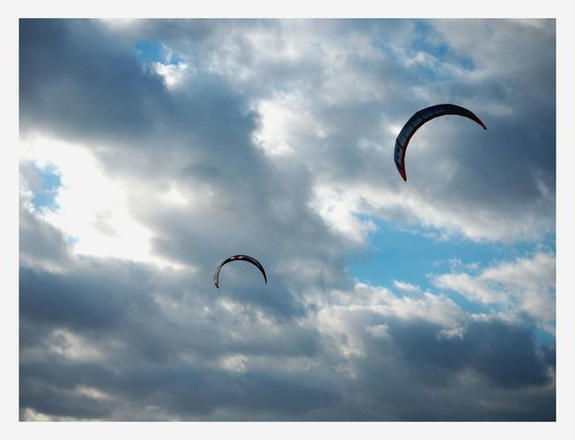 (c) 2016 Jana Kaffka Adventure Cloud - Sky Day Extreme Sports Flying Low Angle View Mid-air Nature One Person Outdoors Parachute Paragliding Parasailing People Real People Sky Skydiving Unrecognizable Person