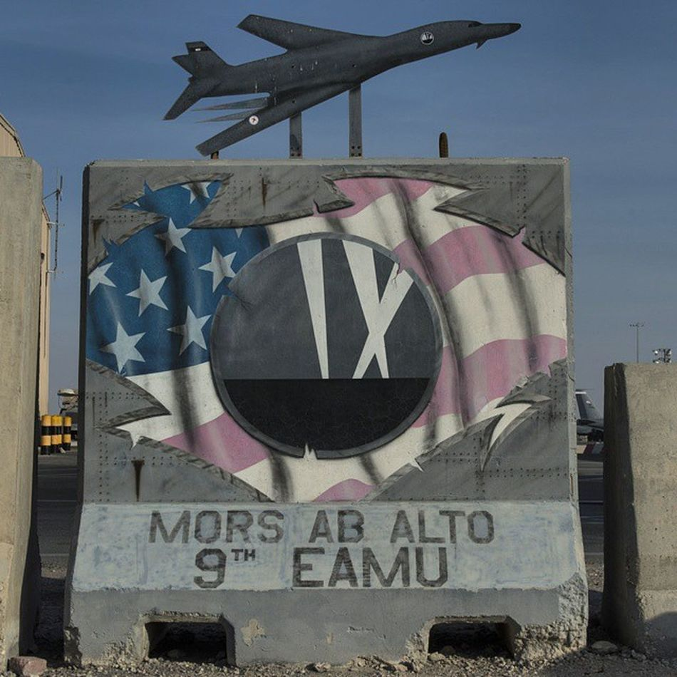 Found this Twallart while Photographing the B1 Bomber squadron.