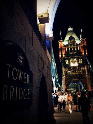 good times at Tower Bridge by Zeny
