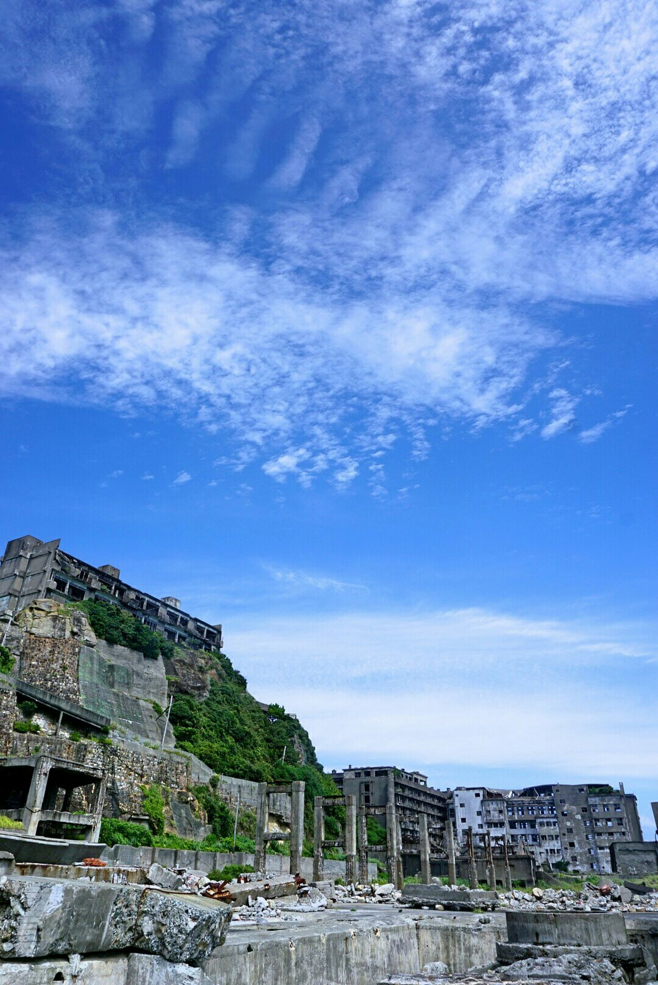 軍艦島 軍艦島(gunkan-jima) 世界文化遺産 空 雲 端島