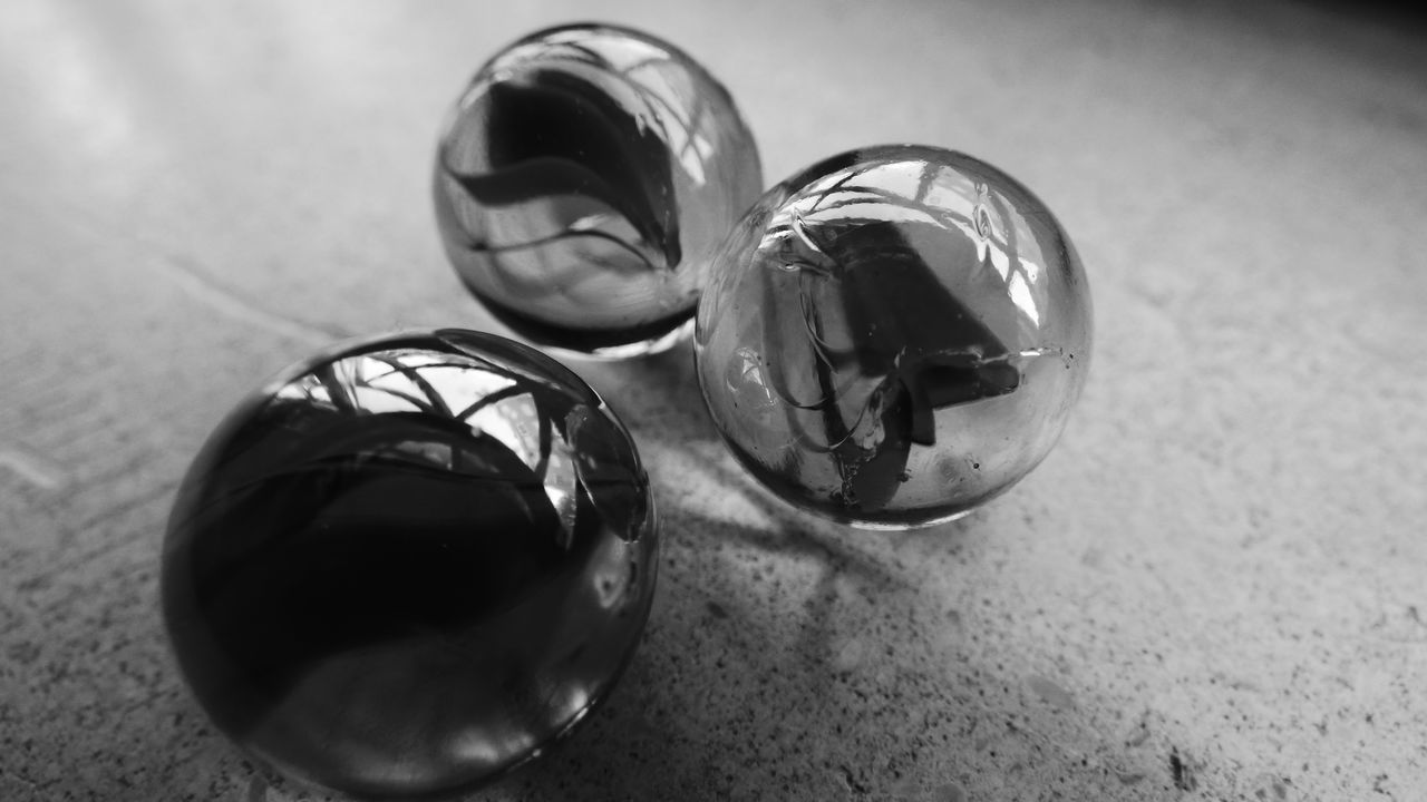 Playing with marbles taking a photograph in black and white, composition with marbles .. edited Circle Close-up Colors Fun With Marbles Glass Glass - Material Ideas Indoors  Marbles Marbles ♡ Selective Focus Simplicity Transparent