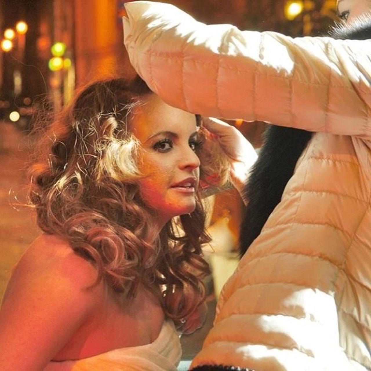 Wedding Alliance Hairstyle Curly Blonde Shatush Dress Jesuspeirò Tulle Seta Polkadots Pois Roma Winter 2013