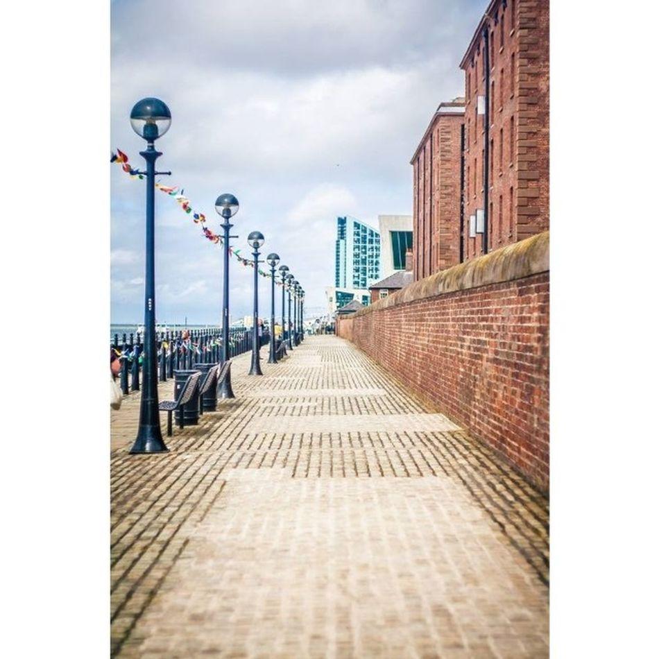 Summer Liverpool Polishgirl Polishphotographer England Love Landscape Molo Tagsforlike Instadaily Walk Spacer Travel