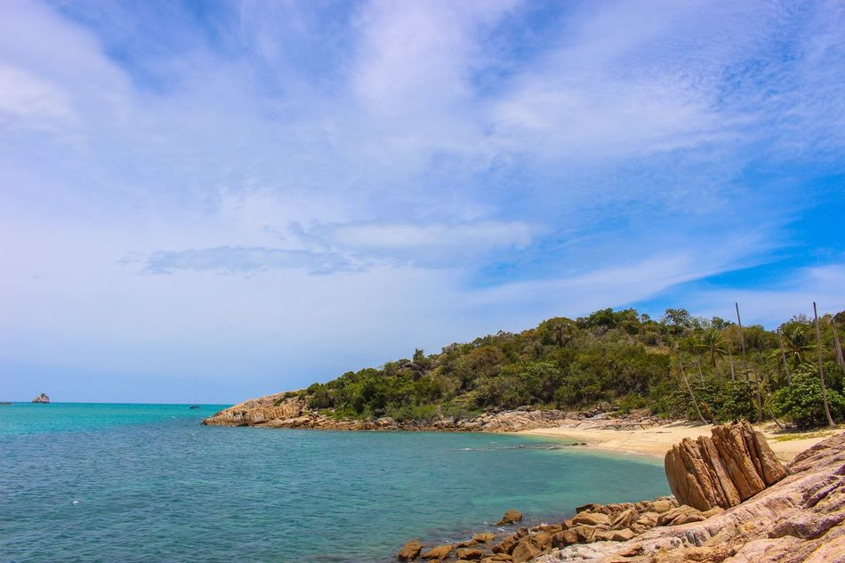 Sea Scenics Nature Sky Tranquil Scene Beauty In Nature Water Tranquility Horizon Over Water Beach Idyllic Tree Outdoors No People Cloud - Sky Day Seashore Kosamui Thailand Thailand_allshots Traveling Travel Travel Destinations Discovery