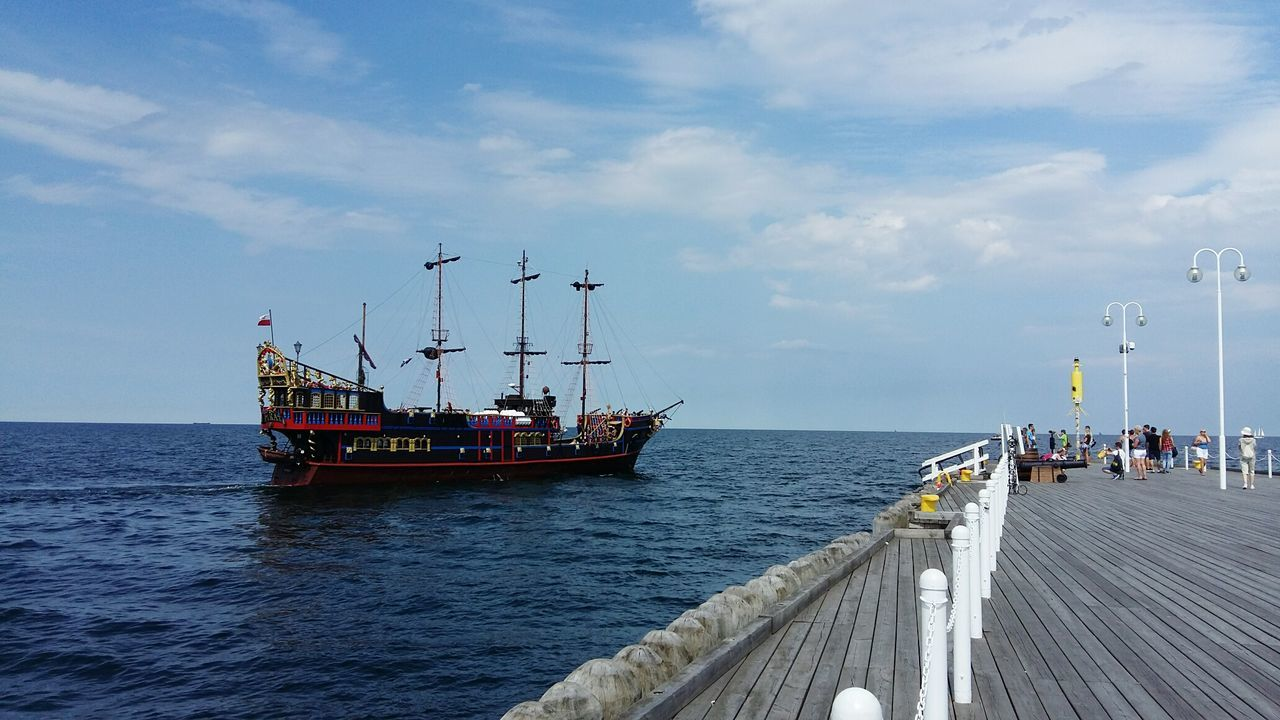 Sailing Statek Sopot Sopot, Poland Poland Poland 💗 Mode Of Transport Polska Summertime Pirate Pirateship  Statek Piracki Pirate Ship Yacht Life Harbour Molo Quay Pier