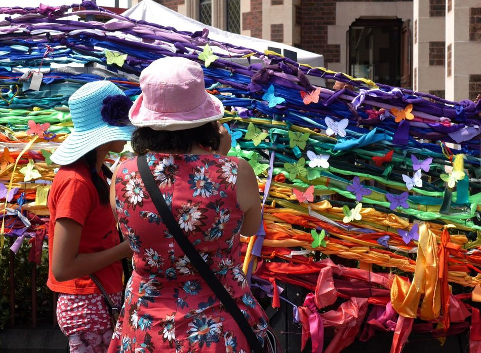 Women Around The World Summer Memories 🌄 Real People Rear View Multi Colored Women People Outdoors Street Photography Streetphotography Enjoying Life Australia Streetphotography