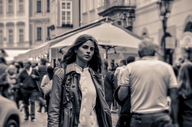People Watching Taking Photos Taking Pictures Peoplephotography Girl Street Photography Streetphotography People Photography People Beautiful Girl
