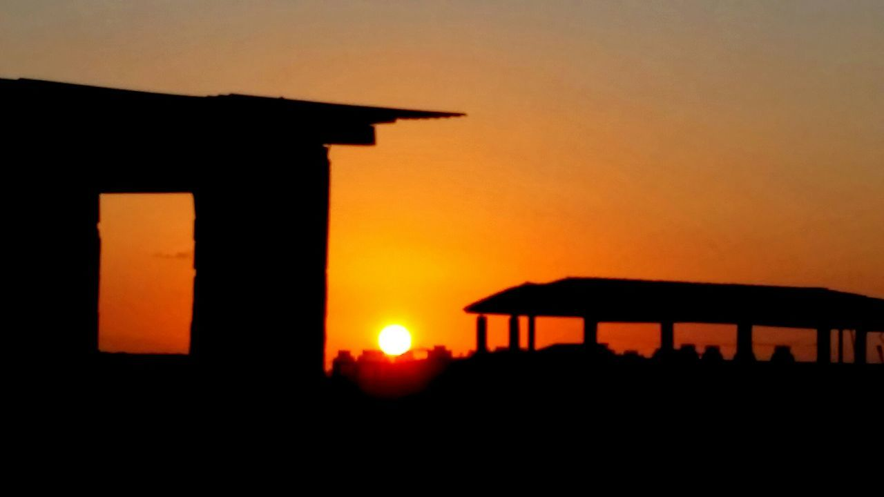 sunset, orange color, silhouette, built structure, architecture, sun, sky, nature, outdoors, no people, scenics, building exterior, beauty in nature, day