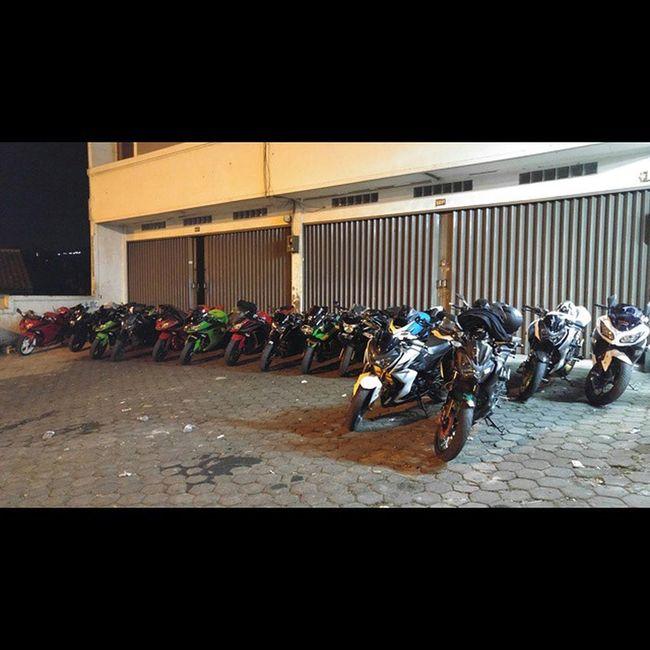 Motorcycle Zriders Sidewinders Kawasaki z250 ninja250fi ninja250 kawasakiz250 val 2015 PhotoGrid lg g4 lg_g4 lgg4