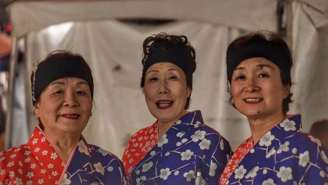 Pan Pacific Culture Festval, Waikiki...Japanese performers taking a moment to pose for photo. Pacific Honolulu, Hawaii Waikiki Festival Performing Arts Street Performers