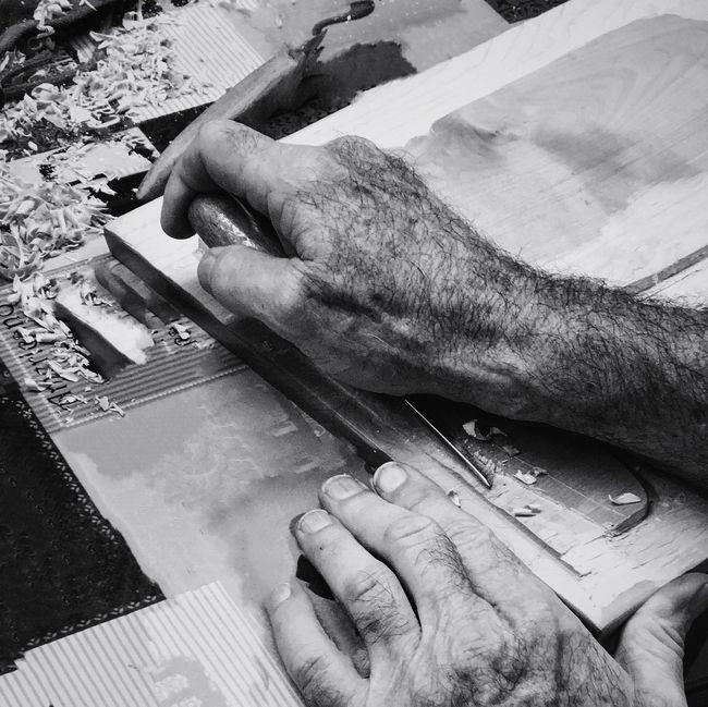 Wood Art Tools Woodcarving Carving - Craft Product IPhone7Plus Art Craftsmanship  Shootermag_usa Streamzoofamily Leisure Activity Malephotographerofthemonth Shootermagazine Close-up Wood - Material EyeEm Best Shots - Black + White EyeEm Gallery Black & White Black And White Blackandwhite Senior Adult Artist Craft Youmobile