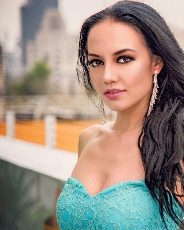 Beauty Beautiful Woman Latina Mexicanmodel Fashion Latina Fashionmodel  Editorial  Model Modeling